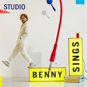 Studio Benny Sings