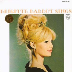 Sings Brigitte Bardot