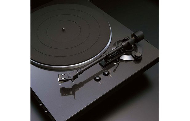 DP-300F Black