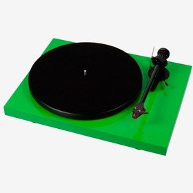 Debut Carbon (2M Red) Green Pro-Ject