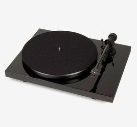 Debut Carbon (2M Red) Piano Pro-Ject