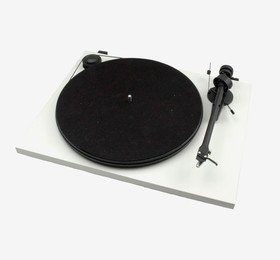 Essential II Phono USB (OM 5E) Matt White Pro-Ject