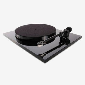 Planar 1 Plus (Carbon) Black Rega